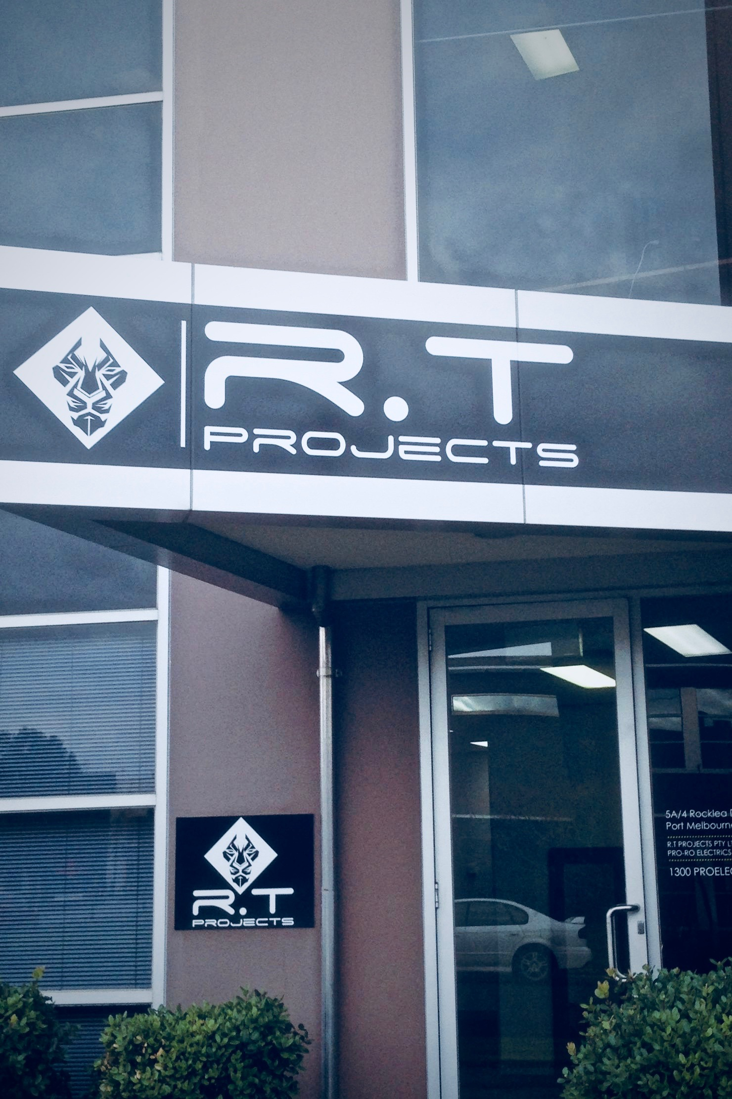 R.T Projects Office
